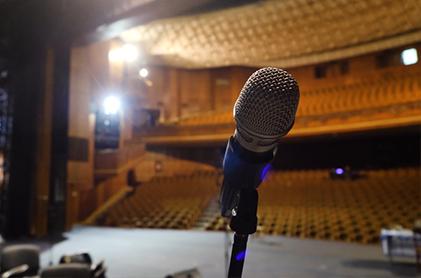 Prestations et prise de parole devant un public